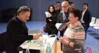 Autogrammstunde mit dem Autor, Quelle: DTF