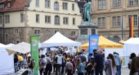 Buntes Treiben auf dem Schillerplatz, Quelle: DTF, Fotograf/in: Kerim Arpad
