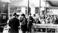 Arbeiter am Istanbuler Bahnhof Sirkeci, Quelle: Cumhuriyet